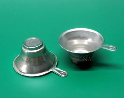 Tea leaf fitter holder